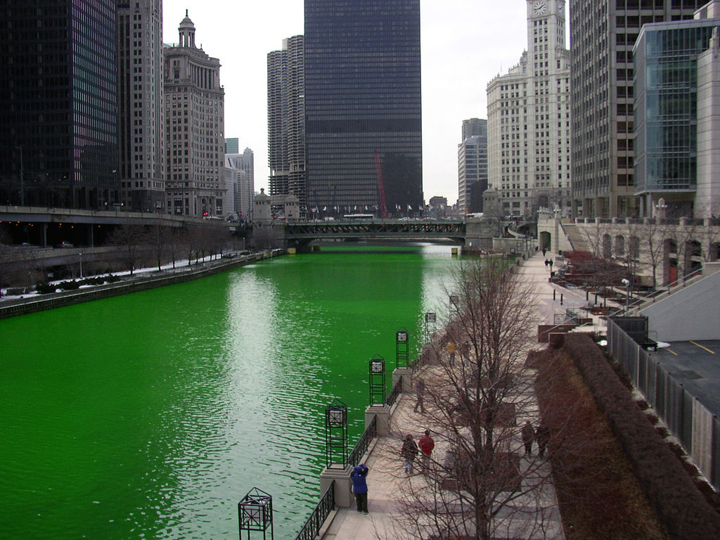 Chicago river turns green - pump products